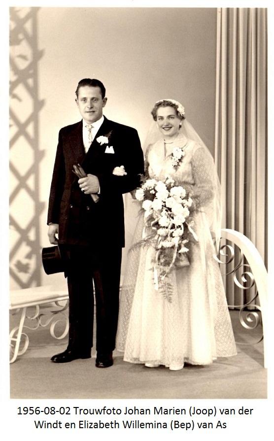 1956-08-02 Trouwfoto Johan Marien (Joop) van der Windt en Elizabeth Willemina van As